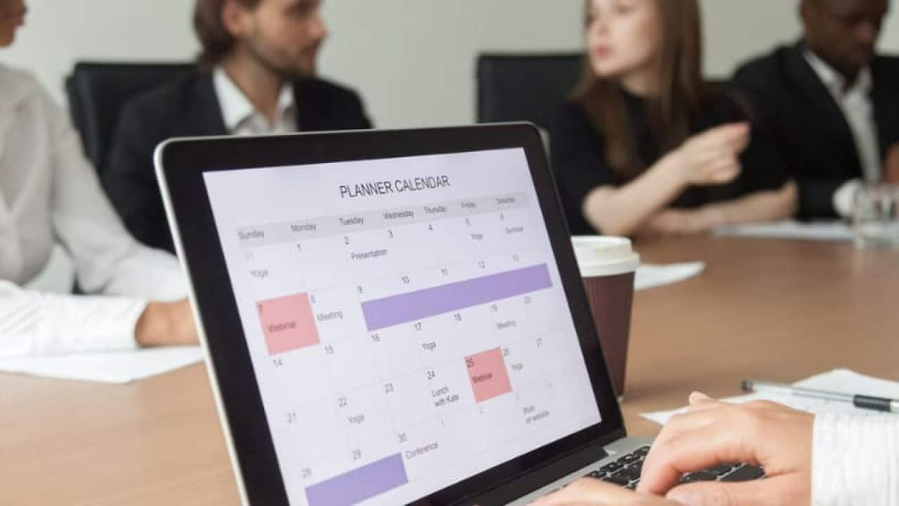 How To Add Week Numbers To Outlook 2016 Calendar in Outlook We Couldn't Find This Meeting In The Calendar