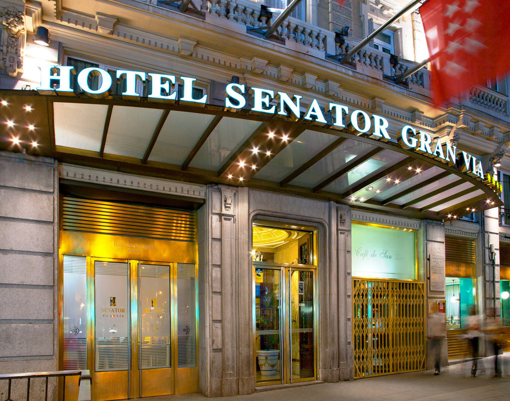 King Breaks  King Breaks regarding Senator Inn &amp