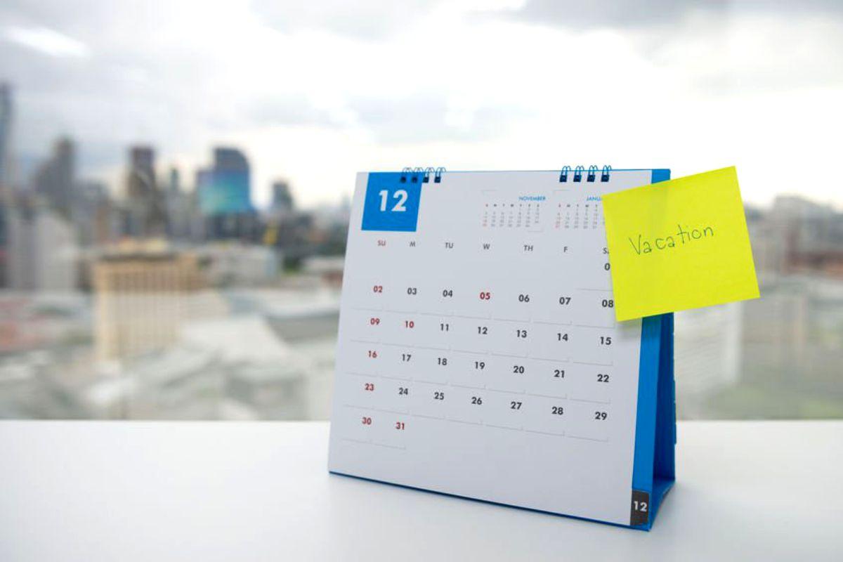 Zile Libere 2020  Calendar Zile Libere Și Sărbători Legale inside Calendar 2020 Zile Lucratoare
