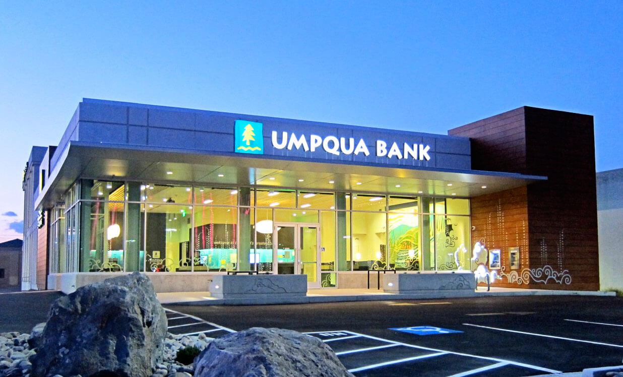 Helen Baller Wins $2500 Umpqua Bank Grant | Lacamas Magazine with B Gale Wilson Elementary School
