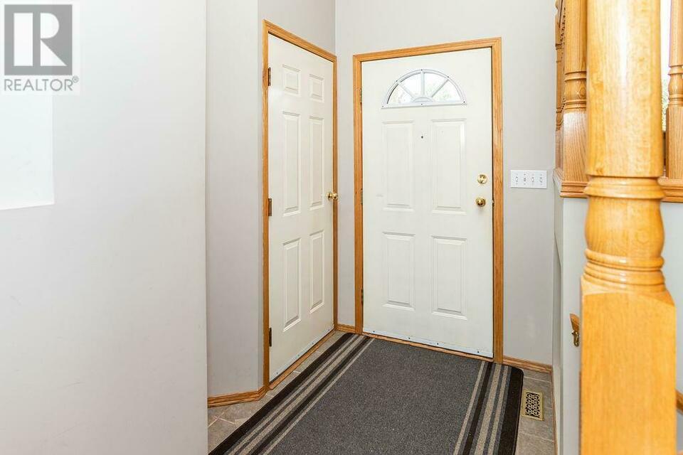 92 Haliburton Crescent Red Deer, Alberta | Houses For Sale in Gh Dawe Red Deer
