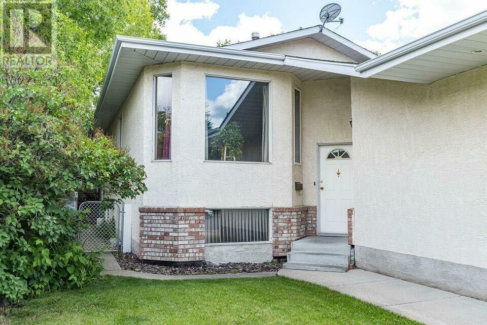 92 Haliburton Crescent Red Deer, Alberta | Houses For Sale within Gh Dawe Red Deer