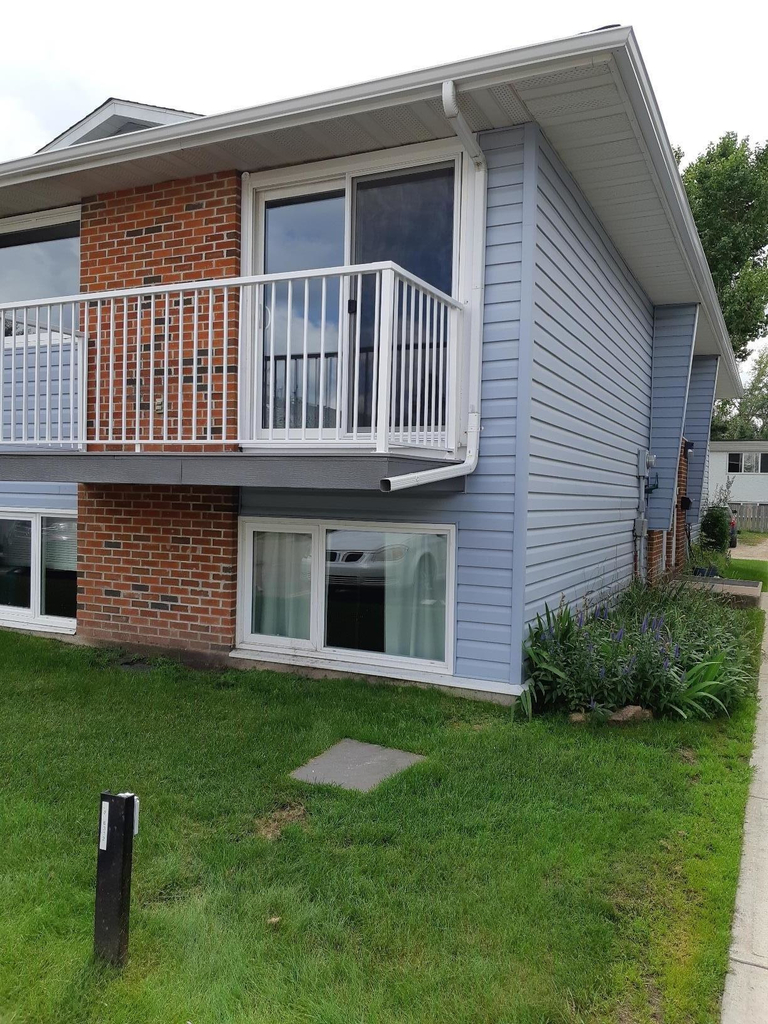 Lacombe Apartments For Rent | Lacombe Rental Listings Page 3 for Gh Dawe Red Deer